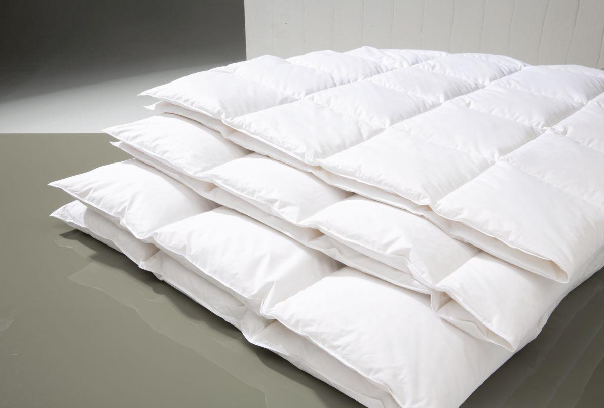 centa star daunendecke moonlight basic centa star eggers deutsche premiumprodukte. Black Bedroom Furniture Sets. Home Design Ideas